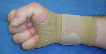 Wrist cuff used for post-operative treatment.